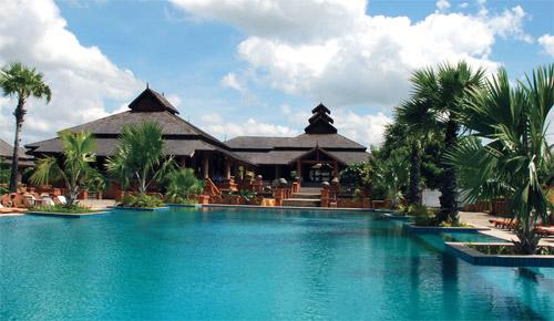 蒲甘奥勒姆皇宫酒店泳池