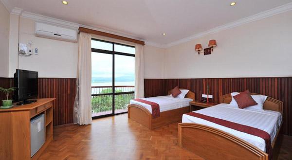 曼德勒阿亚尔瓦蒂河景酒店客房