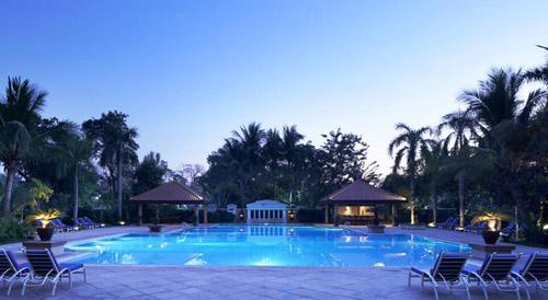 曼德勒塞多纳酒店泳池