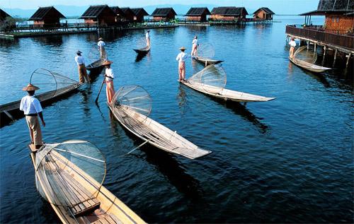 茵莱湖渔民